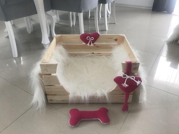 Skrzynka legowisko buda dla psa lub kotka