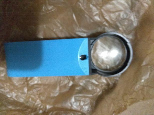 Лупа нова з підсвіткою, збільшувальне скло 3х-кр увеличительное стекло