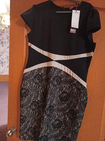 трикотажное нарядное платье с кружевом