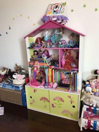 Estante e casa de bonecas (130 x 80 x 34)