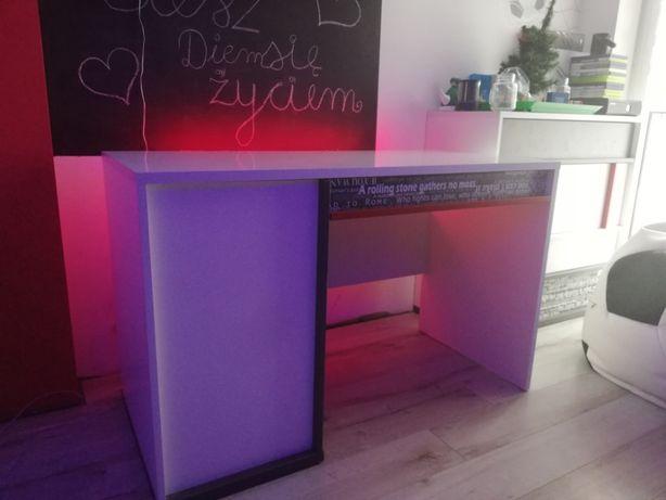 Biurko młodzieżowe (Agata Meble) + listwa LED gratis
