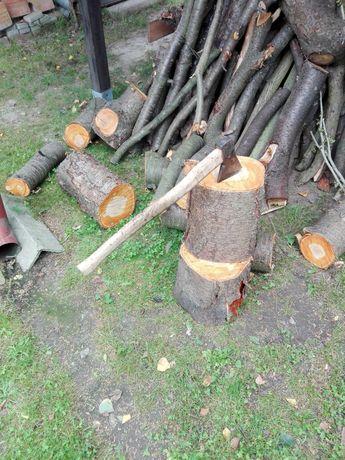 Drewno owocowe liściaste sprzedam do wędzenia, wiśnia czereśnia  na kg