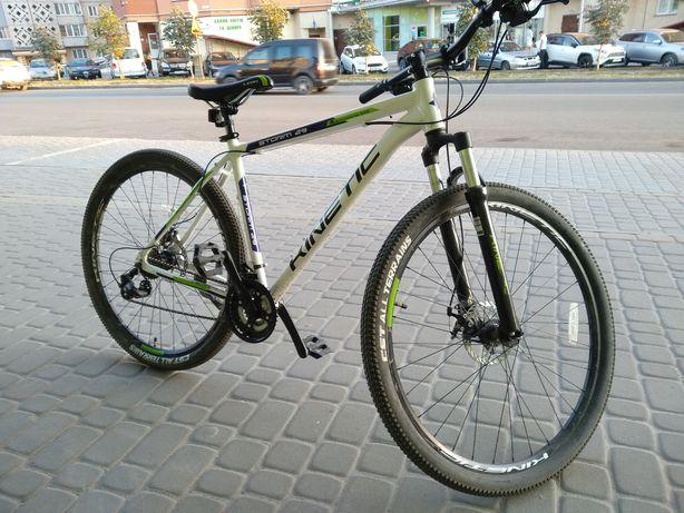 Велосипед Kinetik майже новий 29.