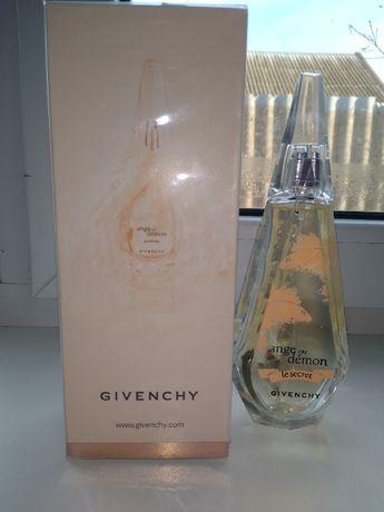 Женская парфюмированная вода givenchy ange ou demon le secret feather