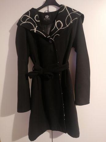 Płaszcz szlafrokowy Ryłko z haftem