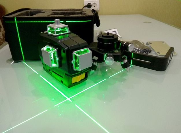 Лазерный уровень нивелир 12 линий 3 плоскости