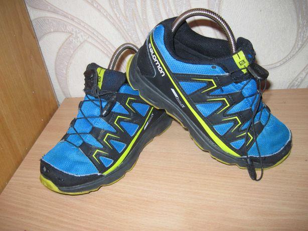 Продам трекинговые кроссовки фирмы Salomon 31 размера .
