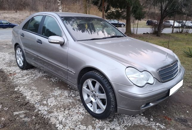 Mercedes klasa C C180 1.8 Kompresor 2004 rok