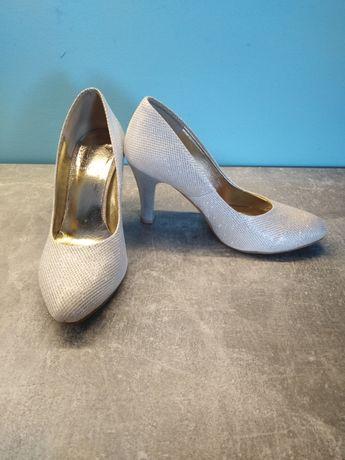 Buty ślubne srebrne