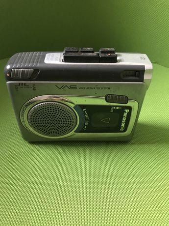 Dyktafon na kasete