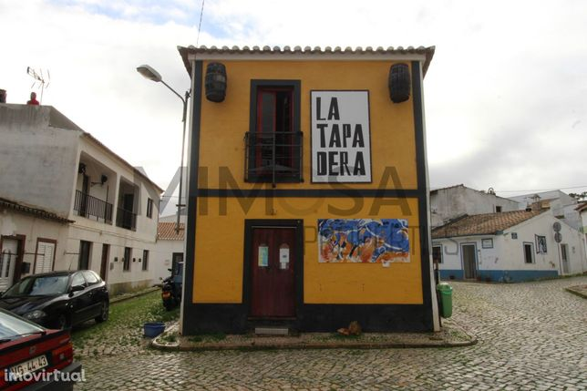 Espaço comercial para restaurante / bar - Barão de S. João