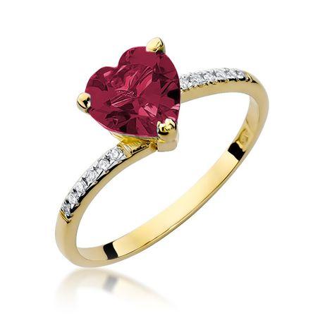 złoty pierścionek zaręczynowy z rubinem