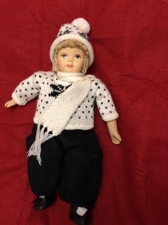 Кукла Лыжница керамическая коллекционная интерьерная Норвегия