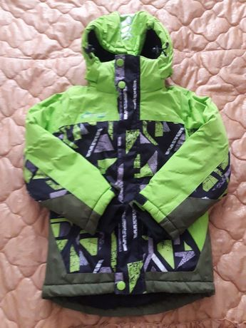 Якісна зимня термо лижна куртка в стані нової на зріст 110см
