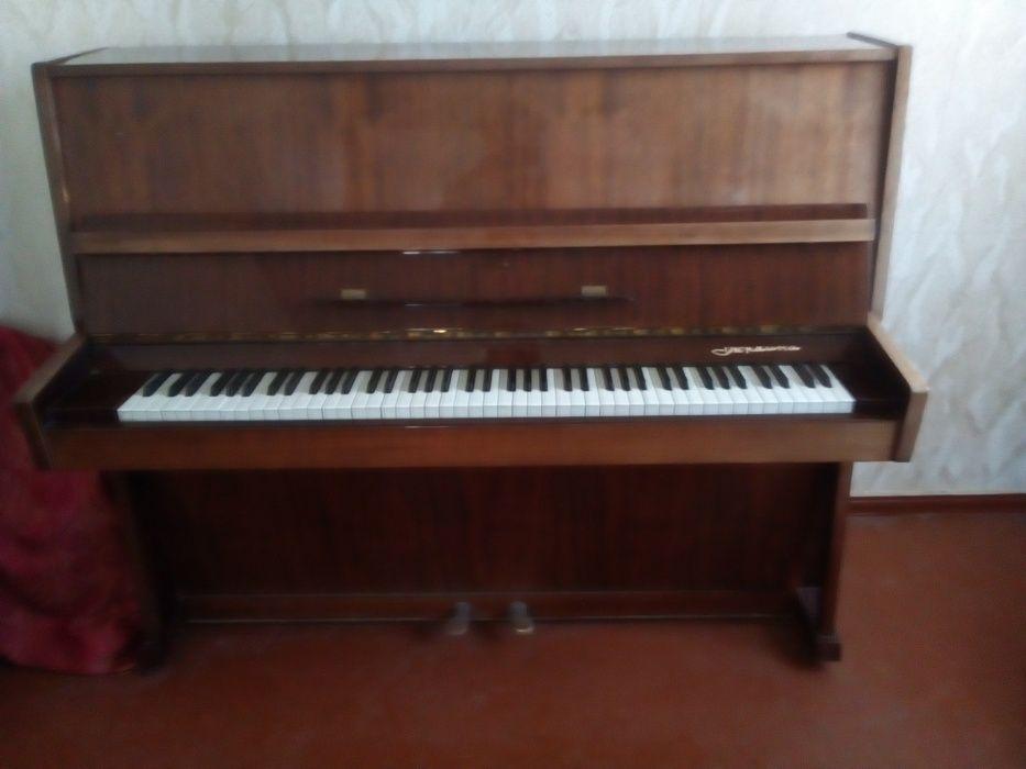 Фортепиано, Пианино Украина Чернигов. В рабочем состоянии. Кропивницкий - изображение 1