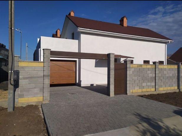 Двухэтажный дом в Лесках с ремонтом