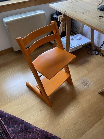 Cadeiras Stokke ( laranja e/ou azul)