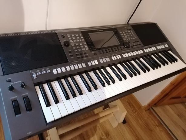Yamaha PSR-S770. Zamiana???
