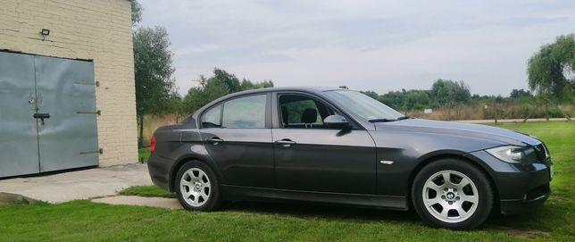 BMW e90 318 benzyna