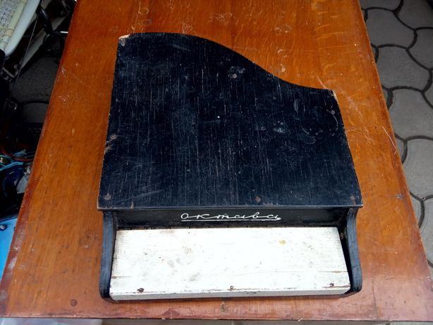 Продам детское советское пианино Октава