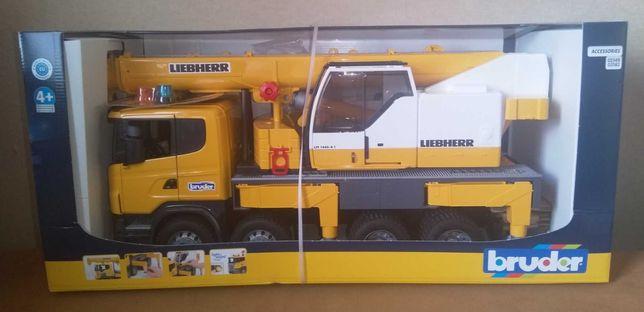 Великий автокран Scania Liebherr  Bruder 03570