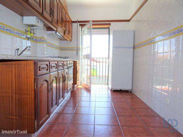 Apartamento - 70 m² - T2