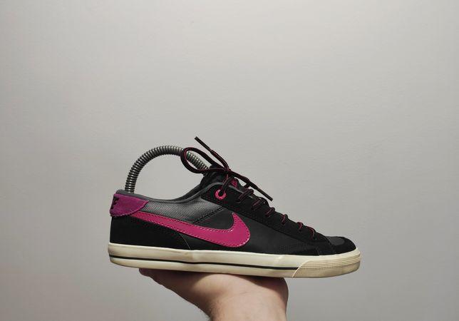 Фирменные кроссовки Nike Capri SI
