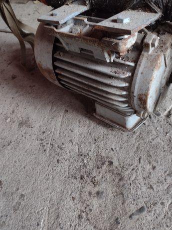 Silnik 2, 2 kw polecam