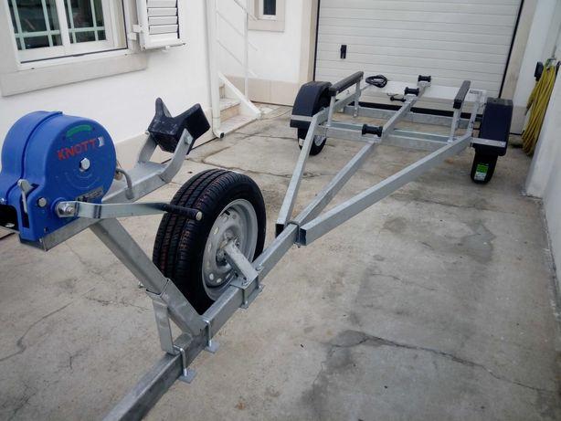 atrelado novo de 5.50 m e 750 kg com ou sem livrete