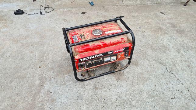 Agregat prądotwórczy honda 5500 cx silnik honda gx 390