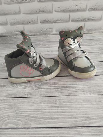 Ботинки для девочки!Ботинки!Кросівки!Кроссовки!Дитяче взуття