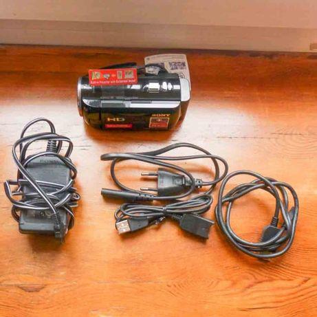 Kamera Sony HDR-PJ320E z projektorem