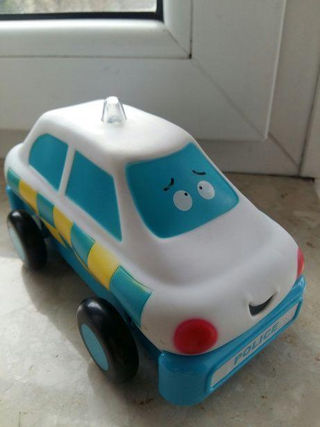 Samochód policyjny (samochodzik) z dźwiękiem
