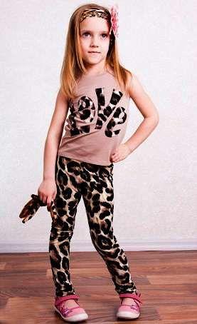 Новый летний стильный костюм на девочку (на рост 104-110)