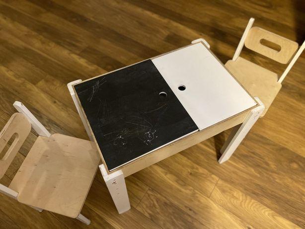 Wielozadaniowy stolik firmy Wookie + 2 krzesełka