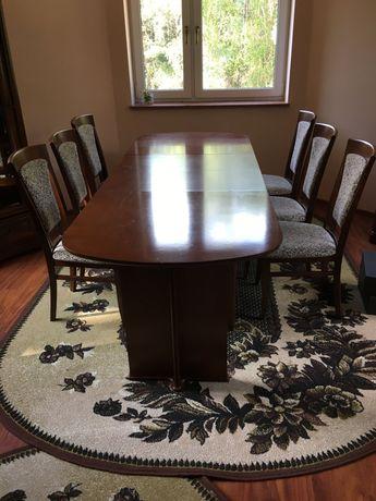 Stół z krzesłami Bydgoska Fabryka Mebli