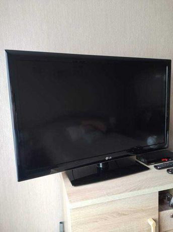 Sprzedam telewizor LG 42 cale super stan