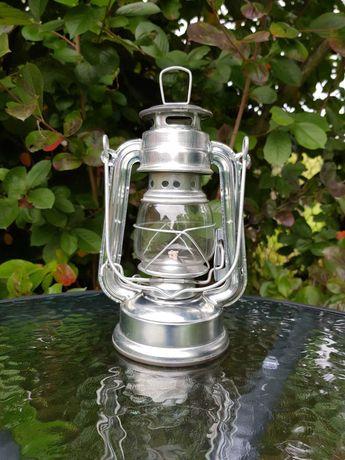 Lampa naftowa ***