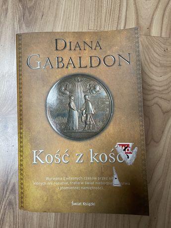 Diana Gabaldon Outlander Obca Kość z kości