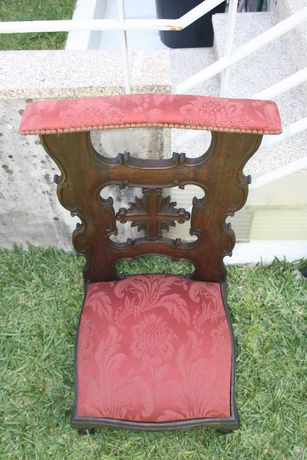 cadeira de igreja
