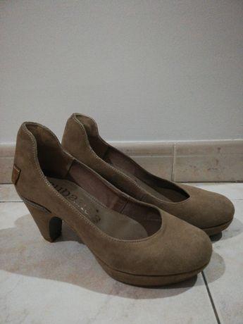 Sapatos cubanas 38