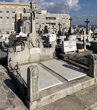 Jazigo - Cemitério do Bonfim