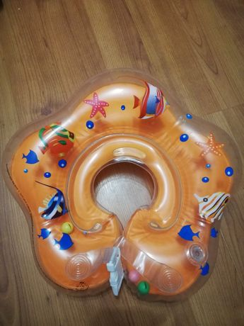 Круг детский для плавания отдам за киндер