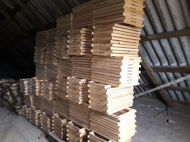 Сбитые рамки для ульев дадан без проволоки.