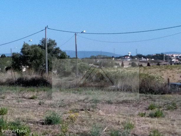 Terreno Misto 6.8 Ha - Monte de Caparica