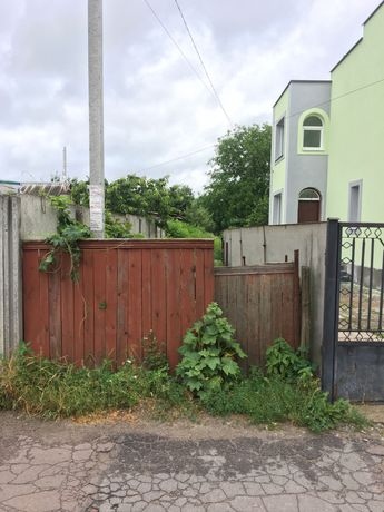 Земельна ділянка на пр. Максютова