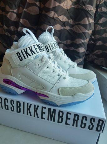 Кроссовки мужские Bikkembergs белые