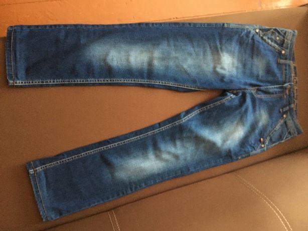 продам чоловічі джинси класні гарна якість стан нових