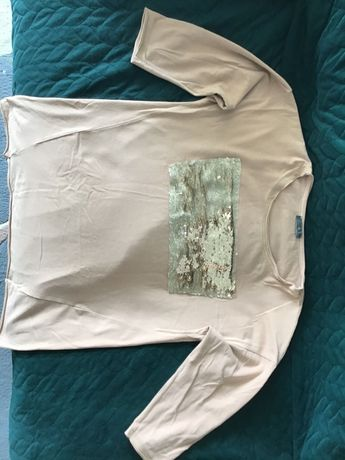 Bluzka beżowa z cekinami
