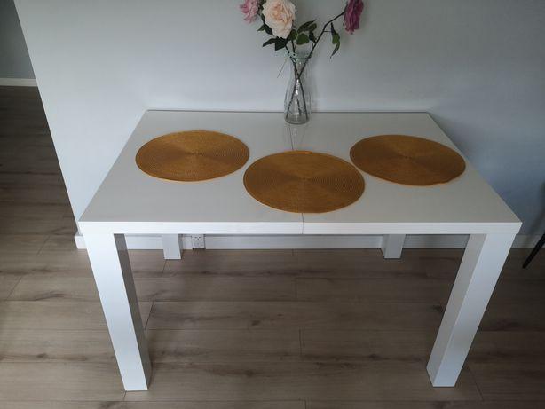 Meblościanka i stół